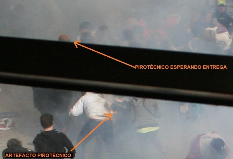 PIROTECNICO ESPERANDO ENTREGA